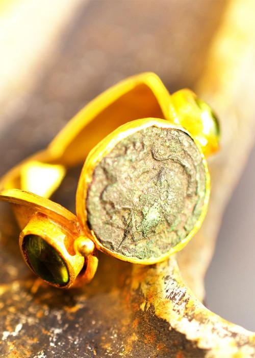 Anello con moneta